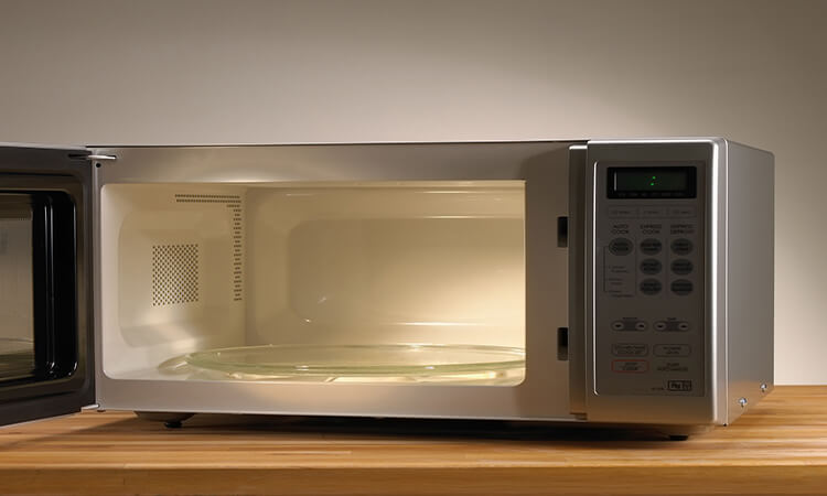 How Many Watts Does A Microwave Use