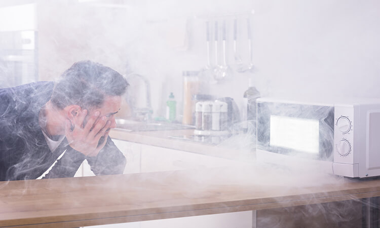 How To Get Burnt Smell Out Of Microwave: Cleaning Hacks