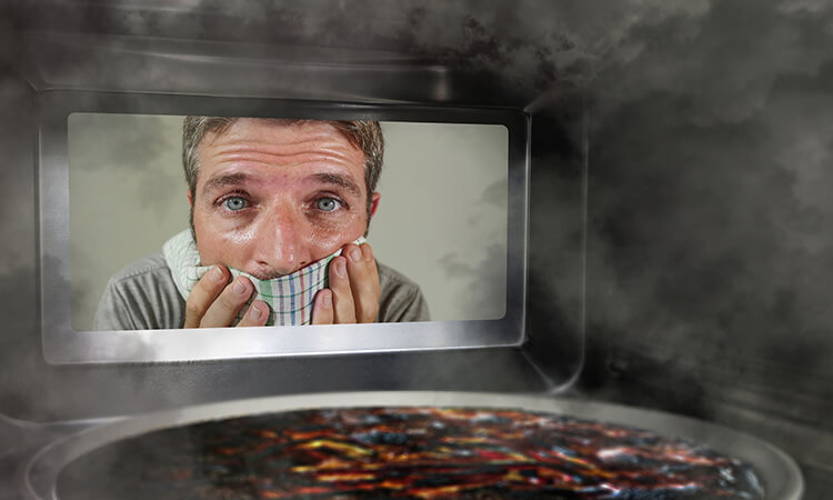 How To Get Smell Out Of Your Microwave: Deodorize Safely