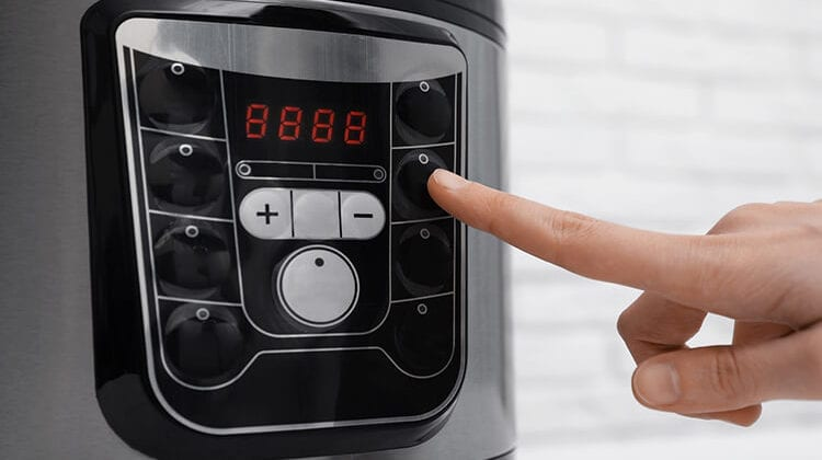 How To Set Timer On Instant Pot?