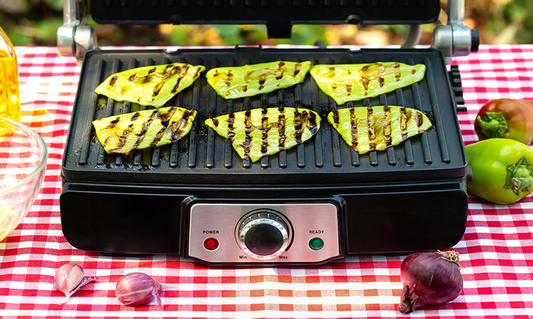 How To Use An Electric Grill: Easy User Guide